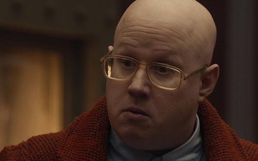 Nardole_looks_lower_left_(TPATEOTW).jpg